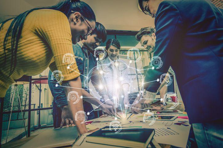 Le social learning : une approche collaborative pour transmettre le savoir